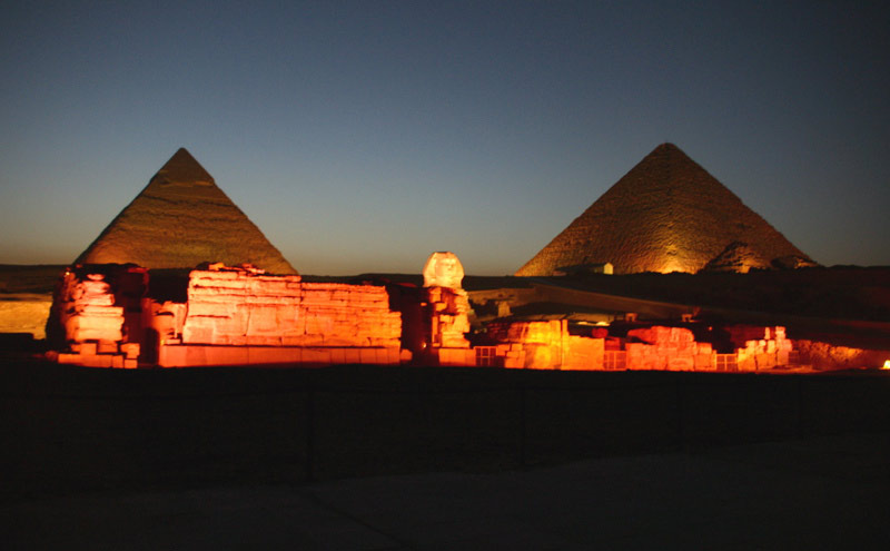 File:PyramidsofGiza at night.jpg